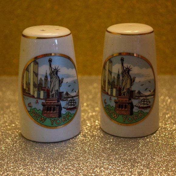 Vintage New York City Salt & Pepper Shakers